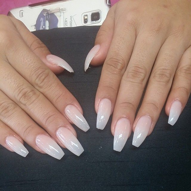 Killer set of ballerina coffin nails with nyde gelish 36 for Forme in plexiglass