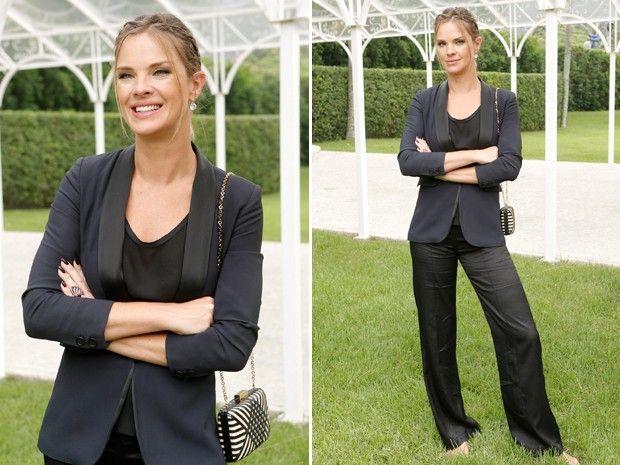 Érika (Letícia Birkheuer) optou por um modelito mais formal (Foto: Felipe Monteiro/ Gshow)