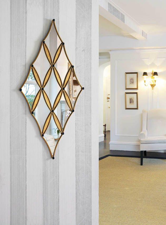 Espejos modernos de cristal COMETA. Decoración Beltran, tu tienda online con todos los diseños en espejos.