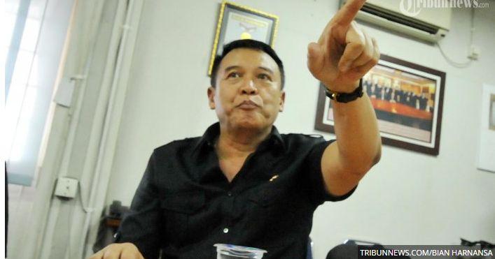 Politikus PDIP: Pelecehan Bendera Merah Putih oleh FPI Lukai Hati Rakyat Indonesia