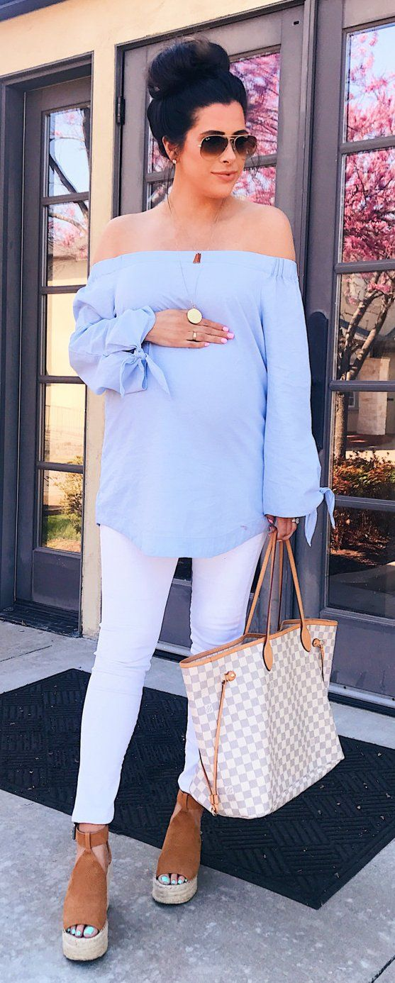 #fashion #outfits Blue Off The Shoulder Top & White Skinny Jeans & White & Grey Checked Tote Bag