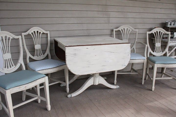 What's On My Porch: Duncan Phyfe Table Makeover