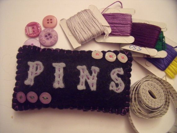 Pins and buttons pincushion