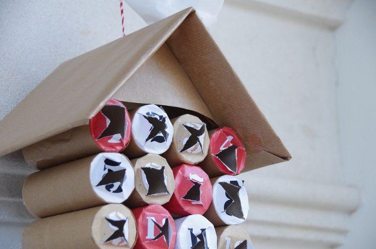 Calendrier de l'avent : rouleaux de papier toilette et papier kraft
