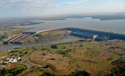 Construção de hidrelétricas pode alterar o sistema hidrológico do Pantanal