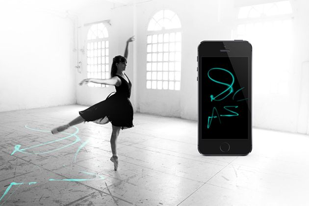 Electronic Traces - ballet pointe shoes sends a dancer's movements to a nearby smartphone for visualization. Lilypad Arduinos record pressure and movement. By Lesia Trubat, designer from ELISAVA design School, Barcelona