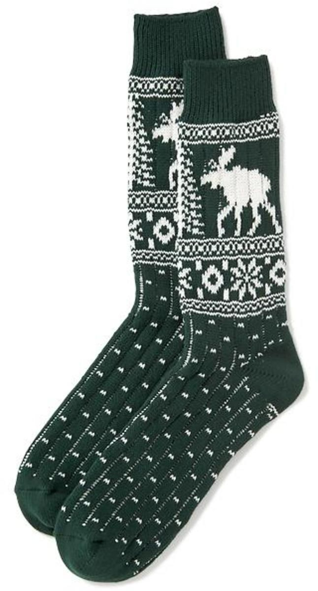 Old Navy Rib knit openings keep socks in place. Notched heel and toe seams. Soft, medium weight knit with all over Fair Isle pattern; patterns vary. One size.