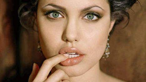 Astuces pour Gonfler les lèvres temporairement et les élargir légèrement pour un événement spécial ou pour une session de Photos.