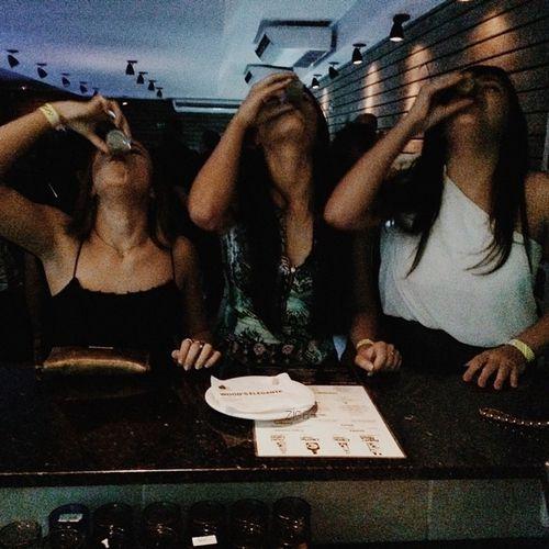 Imagen de friends, girl, and party