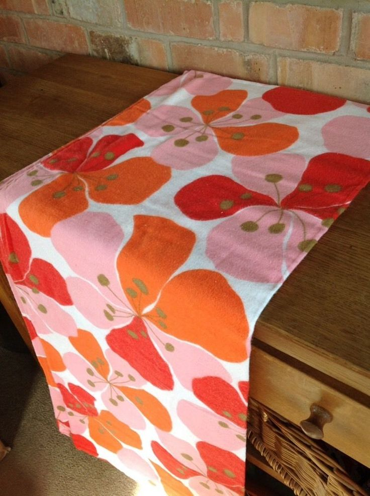 Vintage Flannelette Sheet Flower Power Spinney Orange Red Pink 100x70 inch 1970s
