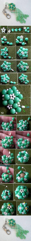Isso exige muita atenção para fazer fazer (já fiz esse artesanato com contas) mas essa aula visual está perfeita :))) -DIY Key Chain Beads Charm