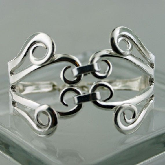 fork tines bracelet - things like this make me miss having a metalsmithing class