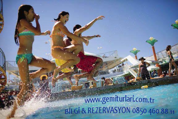 Herşeyi evde bırakın; gemiye getirmeniz gereken tek şey heyecanınız, merak duygunuz ve dinlenme arzunuzdur.  http://www.gemiturlari.com.tr/costa-favolosa-ile-akdeniz-turu-7-gece-8-gun/