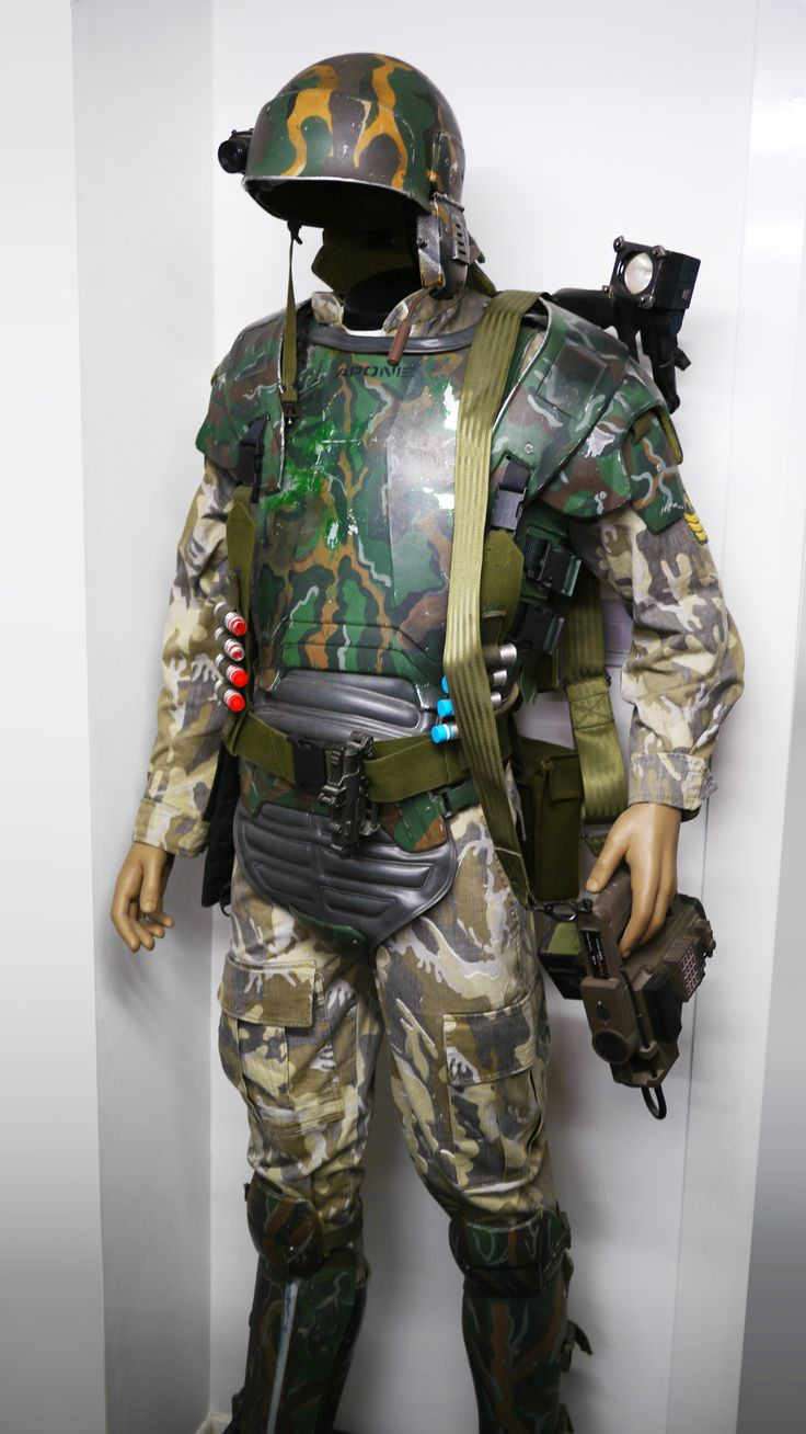 Continuing our mini tour series of Prop Store London HQ, here's another great item from fan-favourite Aliens (1986)! The Marine costume in the Prop Store collection is Apone's - the sergeant of the platoon and superbly portrayed by Al Matthews. The outfit is complete but not all the elements are for Apone. The original sets or armour were mixed long ago and it is a constant mission for collectors to try and reunite all the correct components. The metal armour itself was designed by Emma…