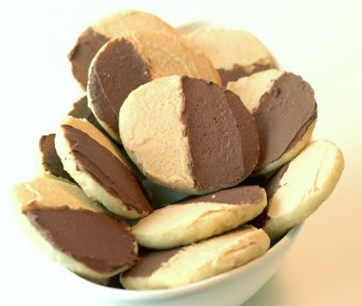 Tans (chocolate and peanut butter version of black and white cookies ...