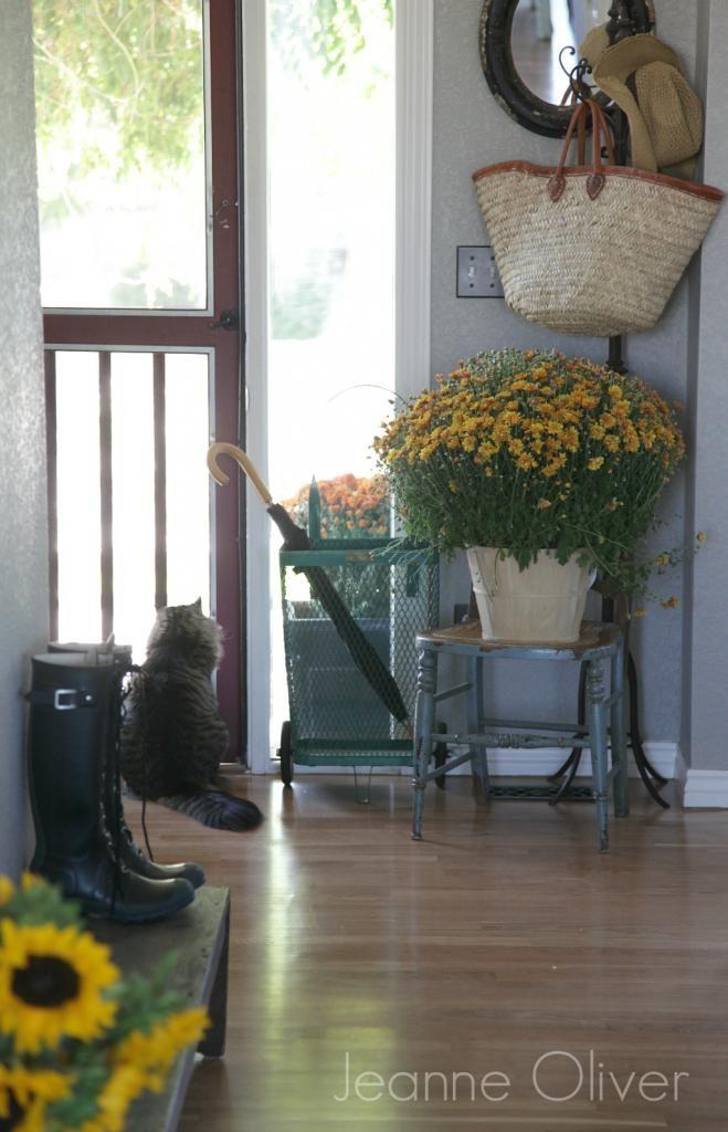 Best 25 Cottage Entryway Ideas On Pinterest Entryway