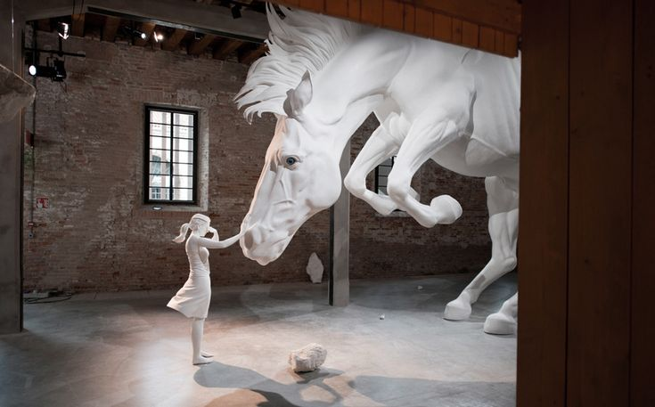 At the 57th La Biennale of Venice, Argentinian artist Claudia Fontes ha unveiled the massive installation called The Horse Problem.The installation shows a bullet-time frozen scene in which a horse, a woman and a young man react in different ways to a paradox: a crisis is developing, and its symptoms are, at the same time, …