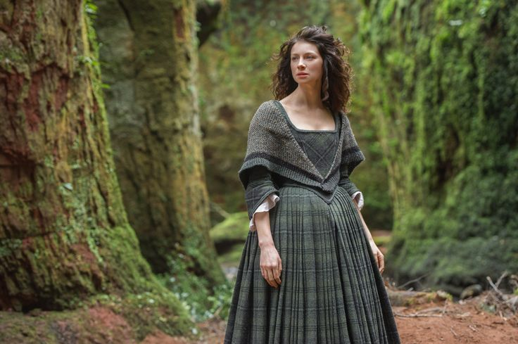 Porcupine Design free pattern as used in the tv series Outlander shawl