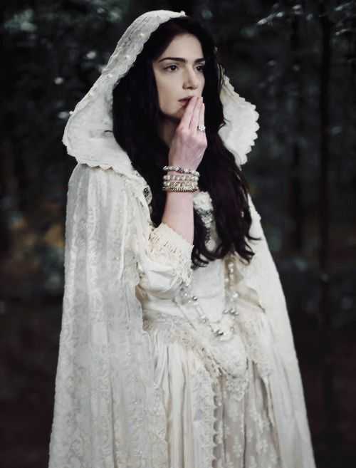 """Janette Montgomery as Mary Sibley in """"Salem"""""""