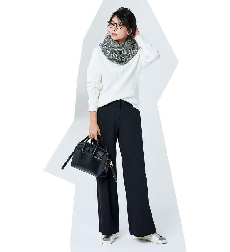 働く女の強い味方!「黒ワイドパンツ」にフラットシューズを合わせるなら?Marisol ONLINE|女っぷり上々!40代をもっとキレイに。