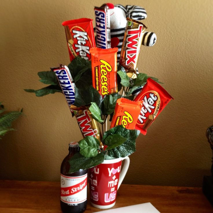 Another Valentines Day idea for him. Some sweets for my sweetheart. Oh, and a beer.