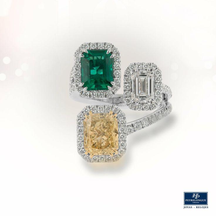 #JoyasPeyrelongue #ValentinesDay Anillo con diamantes y piedras preciosas: esmeralda, diamante amarillo y diamante corte baguete en oro blanco 18 kt. #jewelry #luxury #newchic #fancy #elegant #joyas #style #cute #vday #valentineideas #valentinesjewelry #valentinesstyle