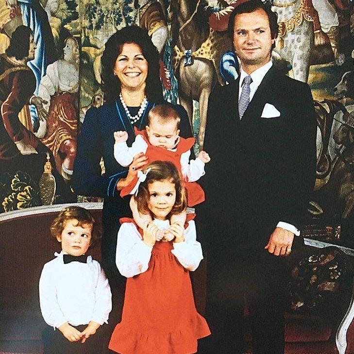 """23 gilla-markeringar, 2 kommentarer - Swedish Royals❤ (@swedens.royal.family) på Instagram: """"The swedish royal family in 1982 #swedishroyals #swedishroyal #royal #royals #swedishroyalfamily…"""""""