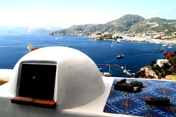 BuiltStove-Amazing-Outdoor-Blue-Tiles-SeaView-Lipari-Italy