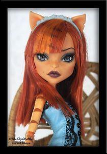 Noelle-OOAK-Custom-Monster-High-Toralei-Repaint-IvyHeart-Designs