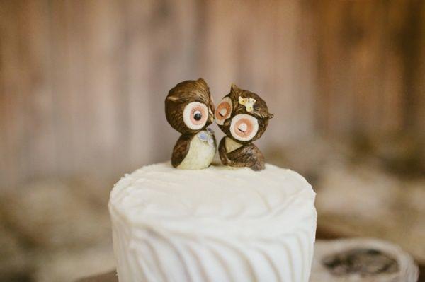 owl wedding cake topper. Effin' adorable!! WANT !!