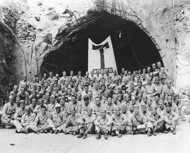 Panoramio - Photo of Aggie Muster at Malinta Tunnel 21 April, 1946