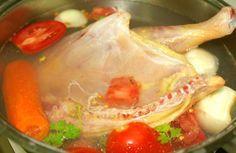 Brodo di pollo antinfiammatorio | La minestra che cura