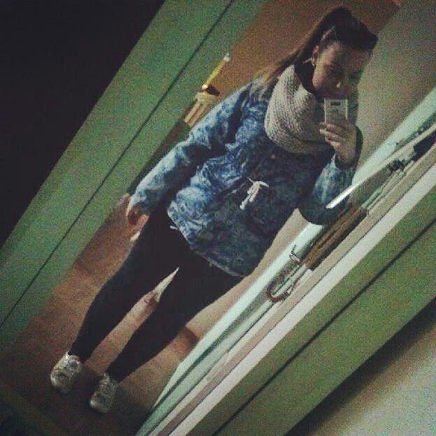 WINTER/AUTUM OOTD #leggins #sneakera #scarf #jacket #ponytail #sunglasses