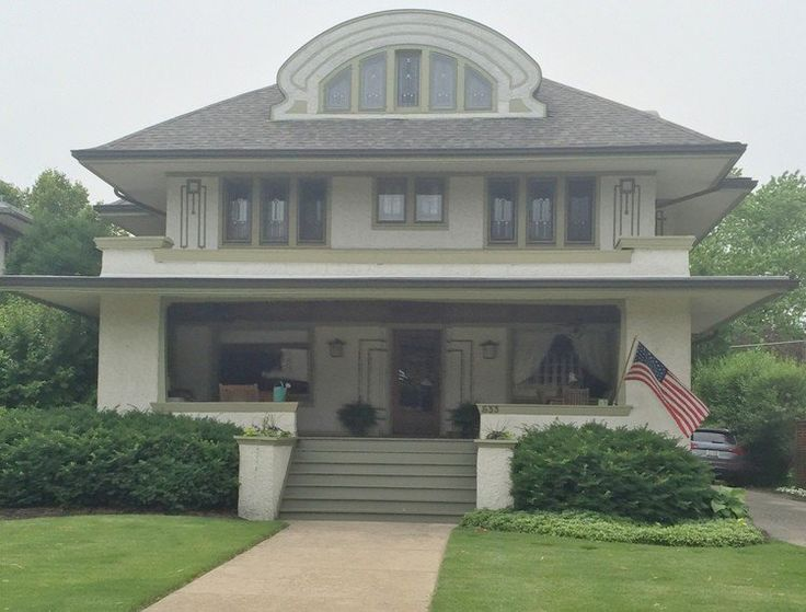 Exterior paint colors in frank lloyd wright 39 s oak park for Frank lloyd wright craftsman