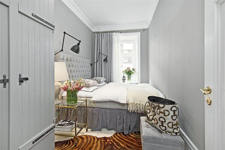 Bedroom Inredning & styling: Sophia Björnsdotter. Foto: Martin Stern via mäklarfirman Living. Case: Jutas backe 5 http://www.hemnet.se/bostad/bostadsratt-3rum-city-norrmalm-stockholms-kommun-jutas-backe-5-6328563