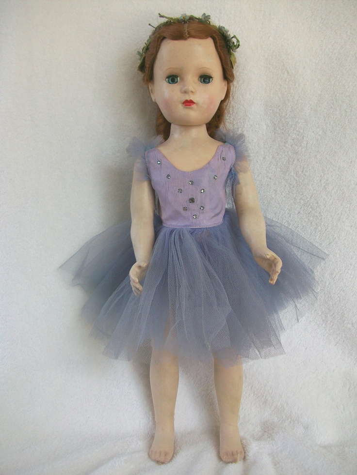 1950s Madame Alexander ballerina.  My sister's doll.  She hated dolls.  Would much rather be putting doll outfits on a cat then her dolls.