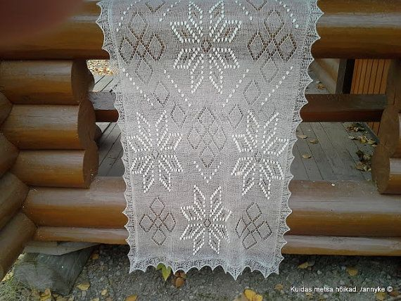 Hand knitted Haapsalu shawl Crownprince by AnnysLacyBoutique