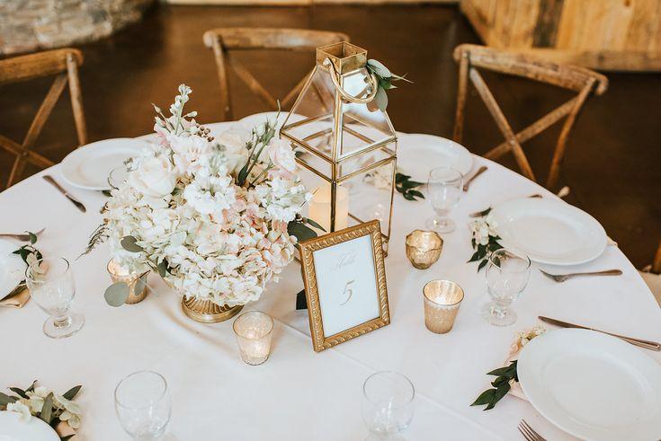 Best 25 Small elegant wedding ideas on Pinterest  Simple elegant centerpieces Elegant wedding