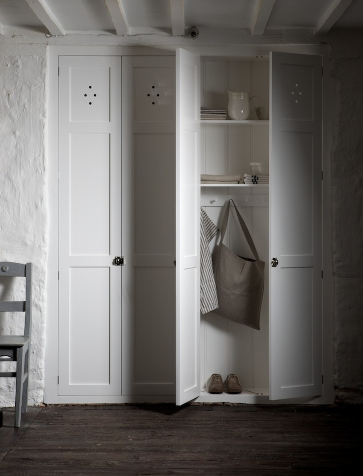 We love how deVOL's beautiful fitted cupboards can turn a quite unassuming alcove into a lovely neat row of cupboards.