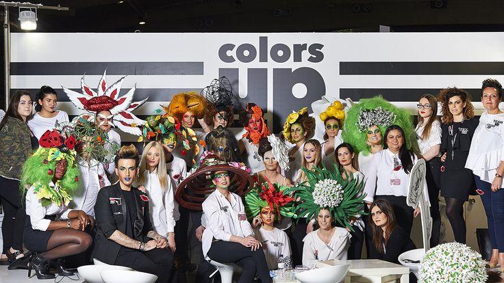 Formamos grandes profesionales del maquillaje. ¡Matrícula abierta! Próximo Curso de Maquillaje Profesional de 10 meses. 2 de Octubre de 2017. Curso de formación completa que profundiza al más alto nivel en todos los ámbitos del #maquillaje. Infórmate✉: hola@colors-up.com ☎93412 55 11 - Barcelona