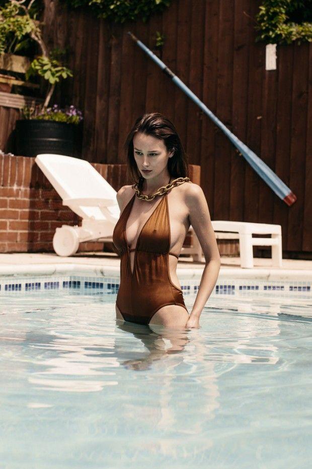 Abi Monroe Nude and Sexy (10 photos) ⋆ Pandesia World