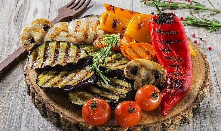 Ψητά λαχανικά με αρωματική σάλτσα βασιλικού
