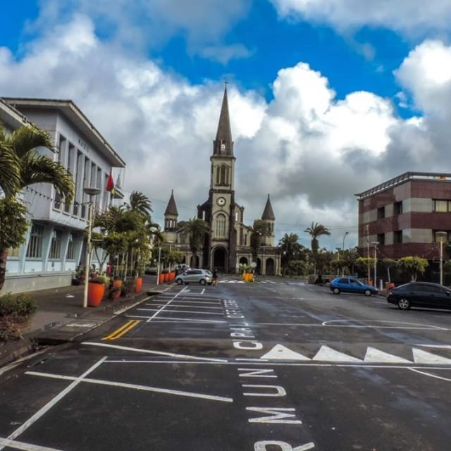 First time trying to do a hyperlapse, no tripod wrong move ⛪�� . . . . . . . #nofilter #mauritius #church #hyperlapse #photography #amateur_photography #nikon_photography #nikon #video #videooftheday #firsttry #hobbyphotography #mauritius #travel #trip #sky #clouds #wanderlust #photographylife #photographyislife #shootingday #justgoshoot #photogram #videography #peace #sitbackandwatch #nikon�� #weather #patienceisavirtue  #justgoshoot…