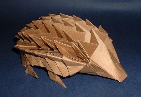 Origami hedgehog.Paper Hedgehogs, Pretty Paper, Origami Hedgehogs, Hedgie Origami, Hedgehogs Haven, Paper Folding, Paperfolding, Hedgehogs Cut