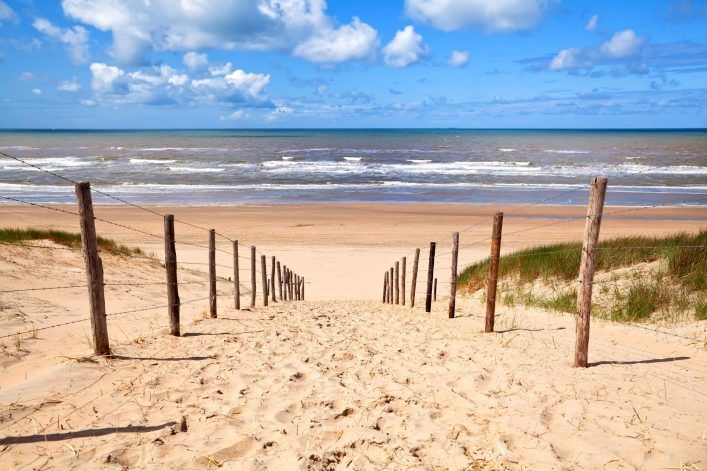 Zandvoort Urlaub Am Meer Nahe Amsterdam In 2020 Urlaub Am Meer Urlaub Holland Strand Urlaub