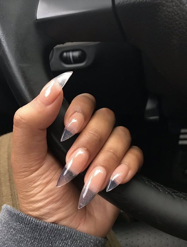 Glass look stiletto nails. Nail art | unas