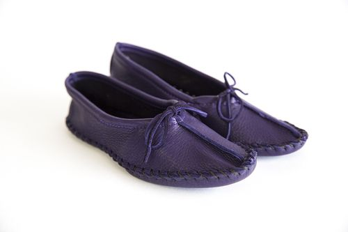 Deerskin Ballet Moccasin. The ballet style comes in purple, cream, red, turquoise, brown, black, pink, and white. #leather #Canada #handmade #rockwood #ontario #like #daily #fashion #hidesinhand #ballet #style #comfortable #butter #footwear #ladies #deerskin