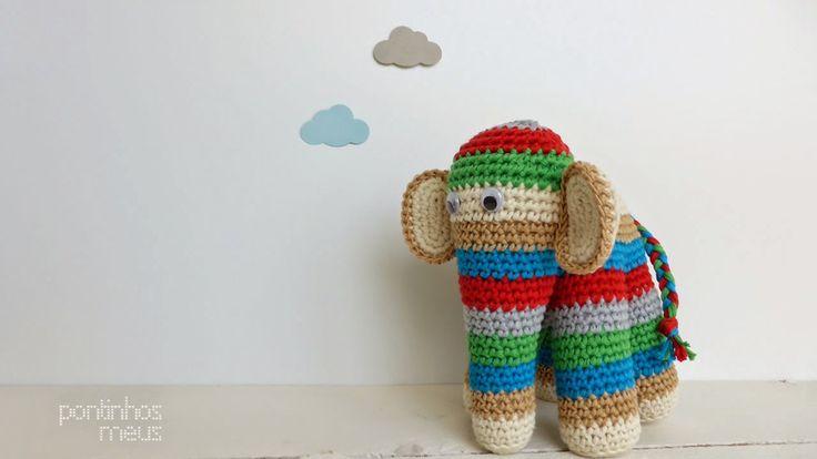O elefante colorido - A colorful elephant