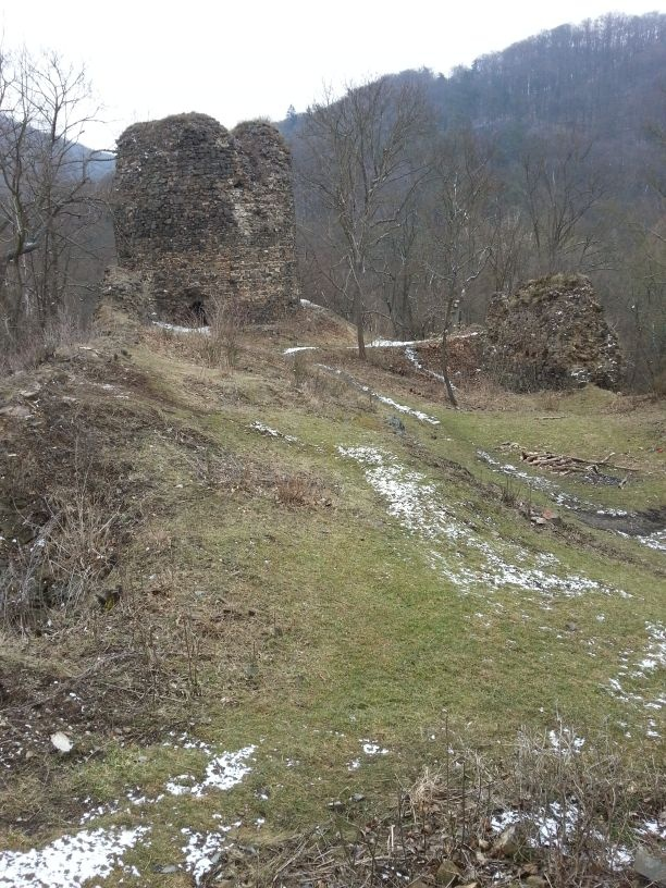 Wonderful place to see in Czech Republic. Ruins of the mighty castle called Tyrov. It has never been conquered, since its strategic location. There was held in captivity our last Czech king Premysl Otakar II. before he became a king. This place was abadoned in 1575, after its formal owner did not have money to keep it mainteind, because he used all his whealth to buy his son from a ransom after the battle of Mohan.