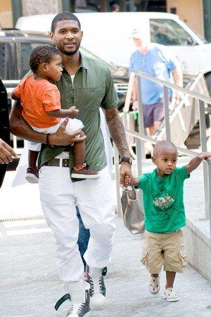 navyid and usher raymond | Usher con i due figli Usher Raymond V e Navyid - Papà single famosi